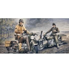 ITALERI 0322 Motocykl Harley-Davidson WLA (WWII)