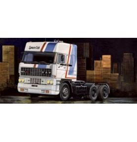 ITALERI 0777 Samochód ciężarowy DAF 3600 Space Cab