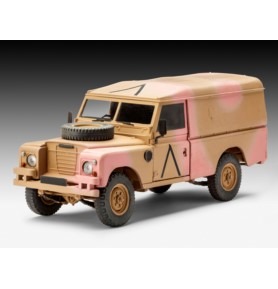 REVELL 03246 Terenówka Land Rover Series III