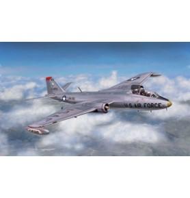ITALERI 1387 Bombowiec Martin B-57B