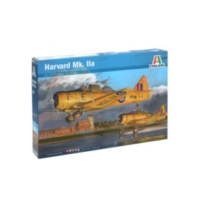 ITALERI 2736 Samolot szkoleniowy Harvard Mk.IIA