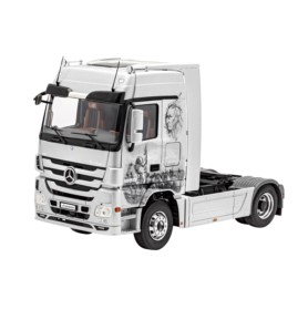 REVELL 07425 Ciągnik siodłowy Mercedes-Benz Actros Mp3