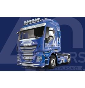 ITALERI 3919 Ciągnik Iveco Hi-Way 40th Anniver. Show Truck
