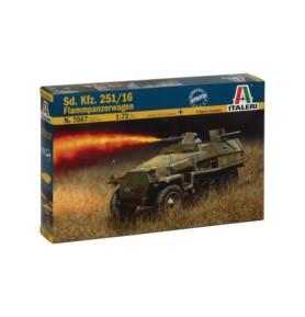 ITALERI 7067 Pojazd Sd. Kfz. 251/16 Flammpanzerwagen