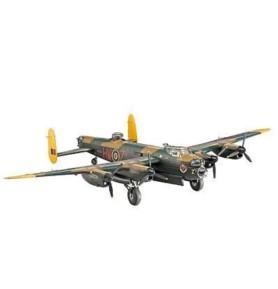 REVELL 04300 Ciężki myśliwiec Avro Lancaster I/II