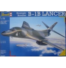 REVELL 04307 Bombowiec B-1B Lancer