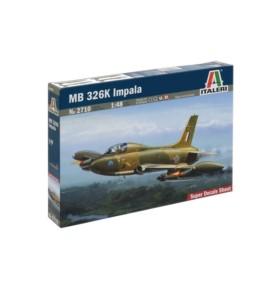 ITALERI 2710 Myśliwiec MB 326K Impala