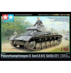 TAMIYA 32570 niemiecki czołg lekki German Panzer II A/B/C - French Campaign