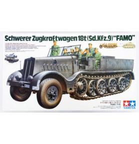 TAMIYA 35239 Ciągnik Schwerer Zugkraftwagen 18t