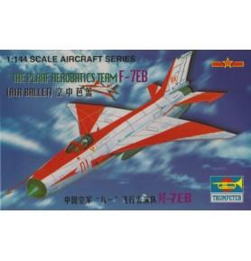 TRUMPETER 01326 Myśliwiec PLAAF F-7EB Grupa akrobacyjna