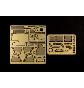 TRUMPETER 01560 Wóz M1135 Stryker NBC RV