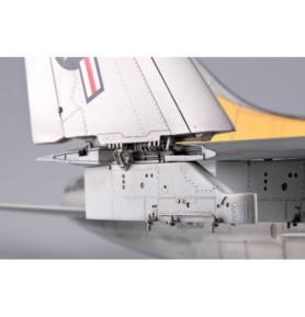 TRUMPETER 02231 Szturmowiec A-7E Corsair II