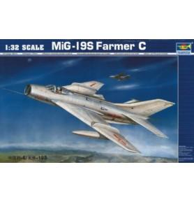 TRUMPETER 02207 Samolot myśliwski MiG-19S Farmer