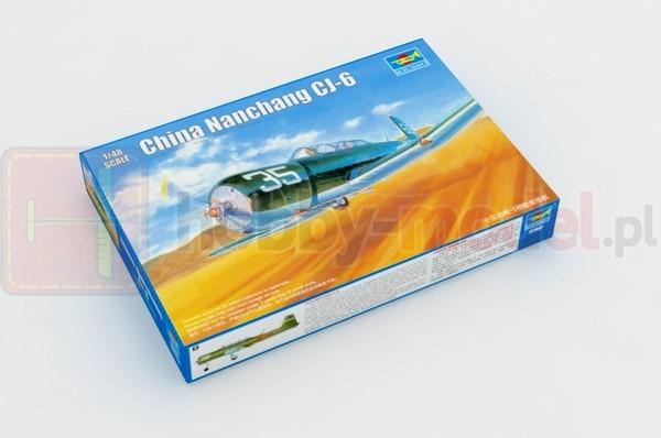 TRUMPETER 02887 Szkolno-treningowy Nanchang CJ-6