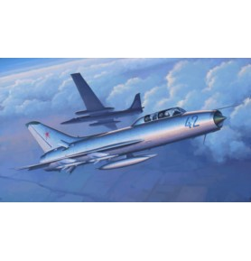 TRUMPETER 02897 Myśliwiec Su-9U Maiden