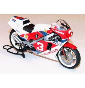 TAMIYA 14099 Motocykl Honda NSR500 Factory Color