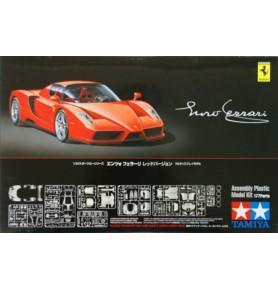 TAMIYA 24302 Samochód Enzo Ferrari Wersja czerwona