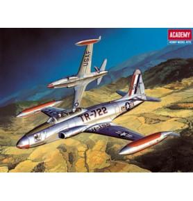 ACADEMY 12284  Samolot szkolno-treningowy T-33A