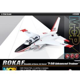 ACADEMY 12519 Samolot szkolno-bojowy ROKAF T-50