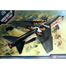 ACADEMY 12559 Samolot myśliwski F-8P Crusader French
