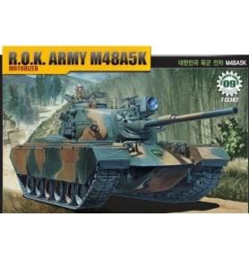 ACADEMY 13302 Średni czołg Rok Army M48A5K