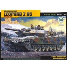 ACADEMY 13310 Niemiecki czołg Leopard z napędem