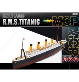 ACADEMY 14217 Statek pasażerski R.M.S Titanic