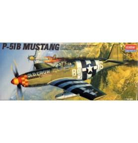 ACADEMY 1667 Samolot myśliwski P-51B Mustang
