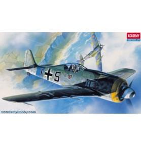 ACADEMY 2120 Samolot myśliwski FW-190