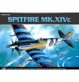 ACADEMY 2157 Myśliwiec Spitfire XIV-C