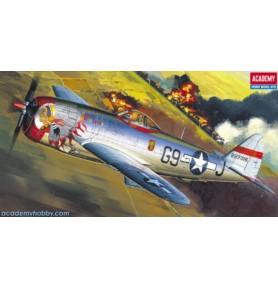 ACADEMY 2174 Samolot myśliwski P-47D