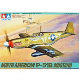 TAMIYA 61042 Myśliwiec North American P-51B Mustang