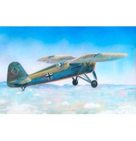 MISTERCRAFT B-10 Samolot myśliwski P-11C FSH