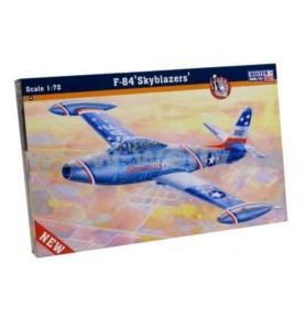 MISTERCRAFT C-89 Samolot F-84 Skyblazers