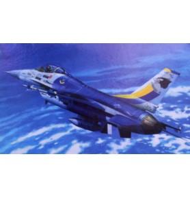 MISTERCRAFT  D-82 Samolot F-16D Block 30