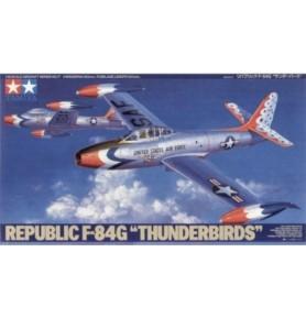 TAMIYA 61077 Odrzutowiec Republic F-84G Thunderbirds