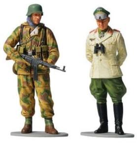 Feldmarszałek Rommel i żołnierz piechoty