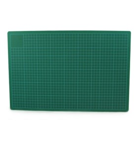 Mata do cięcia zielono-czarna A3 3mm Leniar